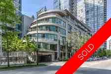 Coal Harbour Condo for sale:  2 bedroom 933 sq.ft. (Listed 2016-05-07)
